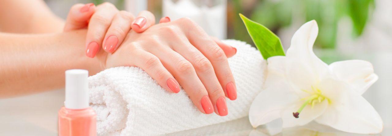 Manicure Klasyczny Zielona Góra